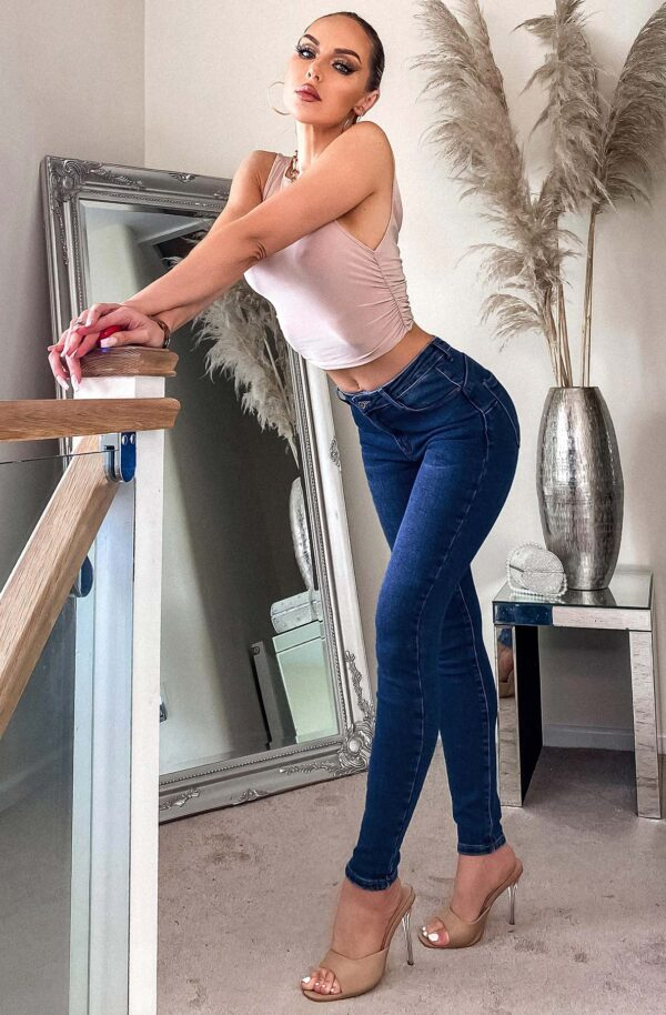 Skinny jean available to buy onine